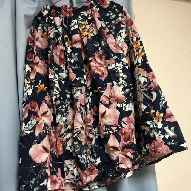 しまむら(シマムラ)のRag out フラワー ミモレ丈スカート  レディースのスカート(ひざ丈スカート)の商品写真