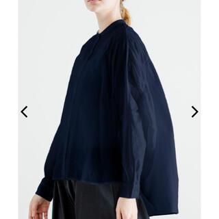 nest Robe - mizuiroind ミズイロインド バンドカラーバックギャザーワイドシャツ
