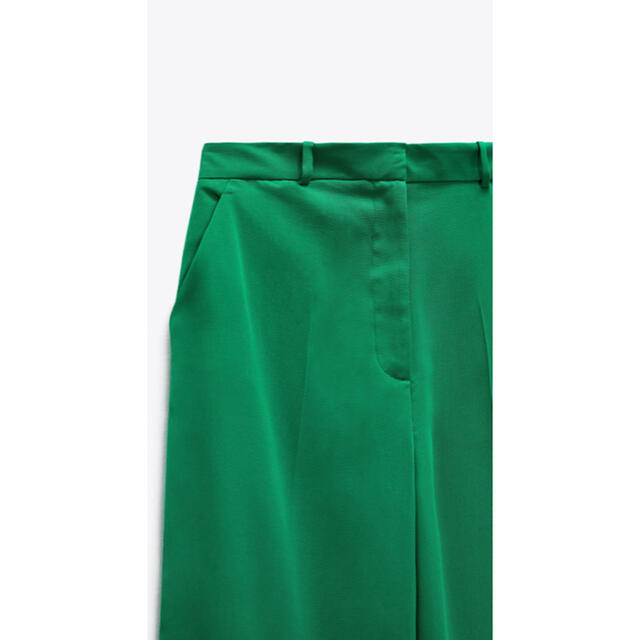 ZARA(ザラ)のZARA 完売品 グリーン マスキュリンワイドレッグパンツ 新品未使用 レディースのパンツ(カジュアルパンツ)の商品写真