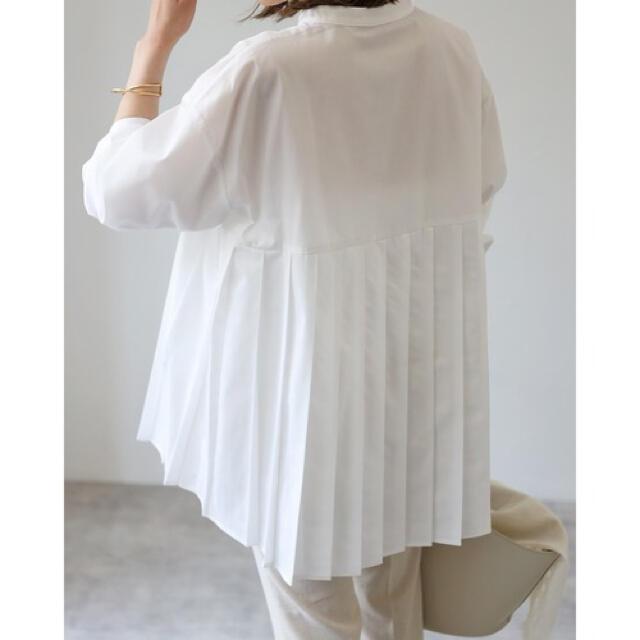 Bonjour sagan プリーツ切替バンドカラーシャツ ホワイト レディースのトップス(シャツ/ブラウス(長袖/七分))の商品写真