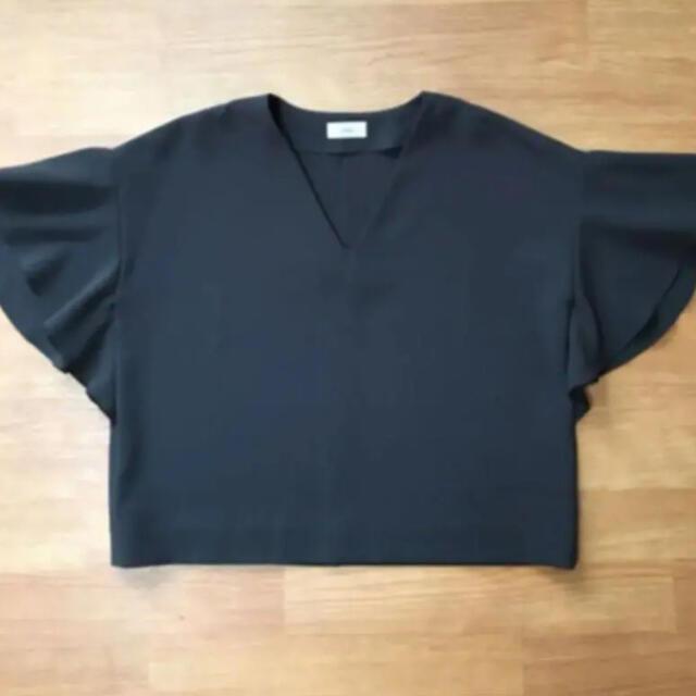 IENA(イエナ)のIENA ミリオーネフレアスリーブブラウス レディースのトップス(シャツ/ブラウス(半袖/袖なし))の商品写真
