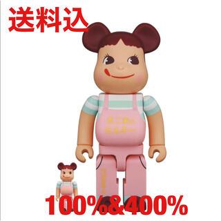 フジヤ(不二家)のBE@RBRICK ファミリータウン ペコちゃん 100% & 400% (キャラクターグッズ)