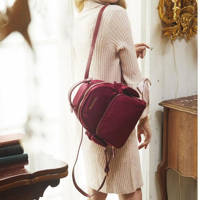 Maison de FLEUR(メゾンドフルール)のえり様専用 8日まで メゾンドフルール リュック ボルドー美品 レディースのバッグ(リュック/バックパック)の商品写真