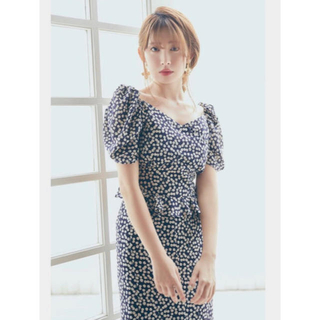 snidel - her lip to Cherry Pattern Two Piece
