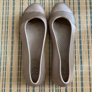 crocs - crocs クロックス パンプス サンダル ゴールド W4