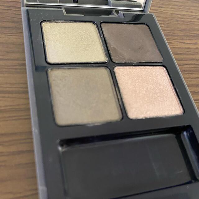 THREE(スリー)のTHREE 4Dプラスアイパレット  コスメ/美容のベースメイク/化粧品(アイシャドウ)の商品写真
