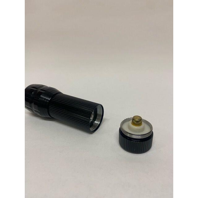 フラッシュライト 8個セット サバゲー ライト 懐中電灯 エンタメ/ホビーのミリタリー(カスタムパーツ)の商品写真