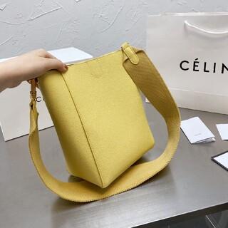 Celine ショルダーバッグ  人気  トートバッグ(マッサージ機)
