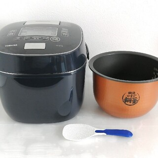 トウシバ(東芝)のTOSHIBA RC-18VSN 東芝 真空圧力IHジャー炊飯器 1升炊き(炊飯器)