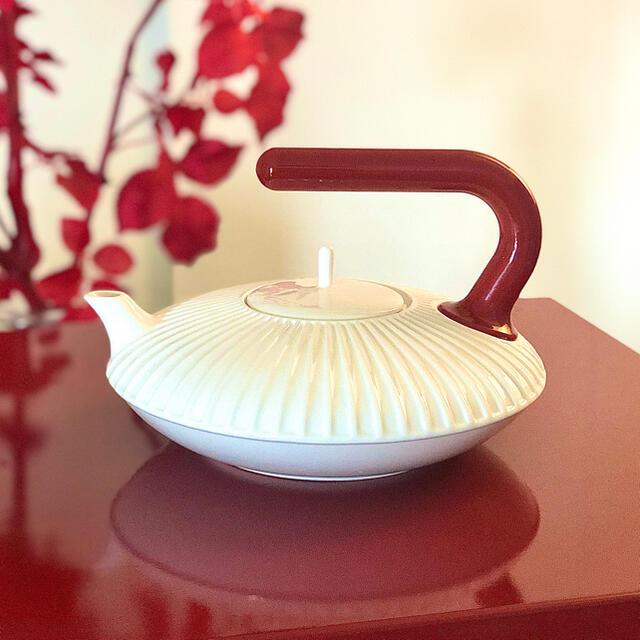 ALESSI(アレッシィ)のdroog copies China by Richard Huttenドローグ インテリア/住まい/日用品のキッチン/食器(食器)の商品写真