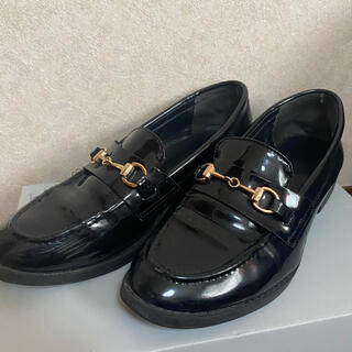 ウィゴー(WEGO)のローファー 黒 エナメル(ローファー/革靴)