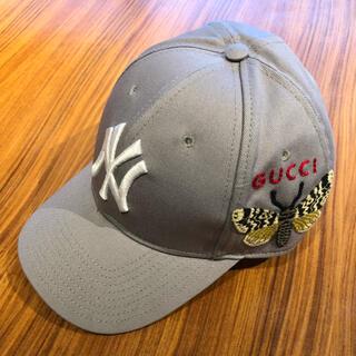 バーバリー(BURBERRY)のGUCCI ベースボールキャップ NY ヤンキース 蜂 刺繍 57-61cm(キャップ)