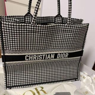 クリスチャンディオール(Christian Dior)のDior ブックトートバッグ (トートバッグ)