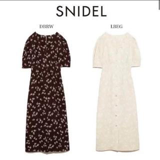 snidel - スナイデル フラワータイトパターンワンピース