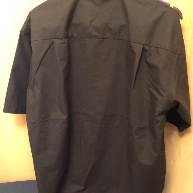 GU(ジーユー)のgu メンズスタンドシャツ半袖 メンズのトップス(シャツ)の商品写真