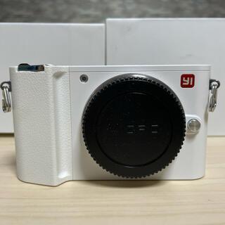 Xiaomi Yi M1 ボディ ホワイト マイクロフォーサーズ