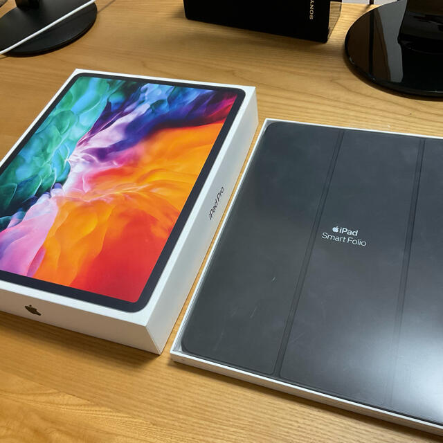 Apple(アップル)の美品 2020 Apple iPad Pro12.9 256GB 第4世代 スマホ/家電/カメラのPC/タブレット(タブレット)の商品写真