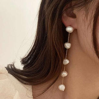 パール ロング ピアス バロックパール 5連 揺れる 大人女子 可愛い 韓国
