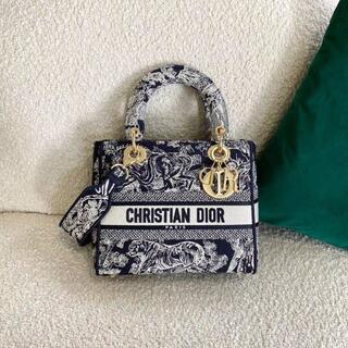 クリスチャンディオール(Christian Dior)のDIOR LADY D-LITE ミディアムバッグ(トートバッグ)