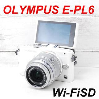 オリンパス(OLYMPUS)の❤️シャッター回数わずか967枚❤️スマホ転送❤️OLYMPUS E-PL6(ミラーレス一眼)