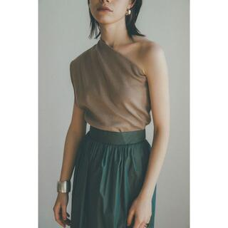 BEAUTY&YOUTH UNITED ARROWS - CLANE ONE SHOULDER LOOSE KNIT TOPS ベージュ