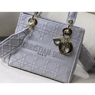 クリスチャンディオール(Christian Dior)のLADY D-LITE ミディアムバッグ(ショルダーバッグ)