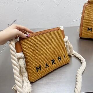 人気marniショルダーバッグ編物の包み