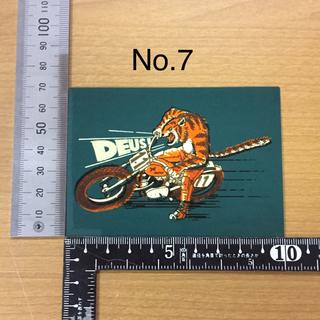 ハーレーダビッドソン(Harley Davidson)のデウス エクス マキナ Deus Ex Machina ステッカー ⑦(ヘルメット/シールド)