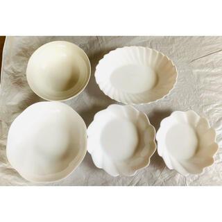 ヤマザキセイパン(山崎製パン)のヤマザキ春のパン祭り 皿 ヤマザキ 白い皿 (食器)