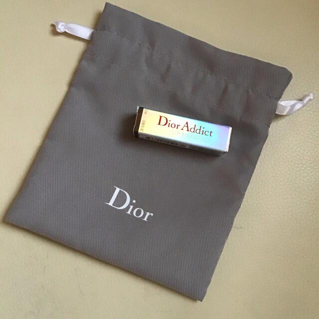 Dior(ディオール)のディオール アディクト リップ マキシマイザー 001 ピンク サンプル 巾着付 コスメ/美容のスキンケア/基礎化粧品(リップケア/リップクリーム)の商品写真