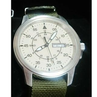 BARNEYS NEW YORK - BARNEYSNEWYORK バーニーズニューヨーク ミリタリーウォッチ 腕時計