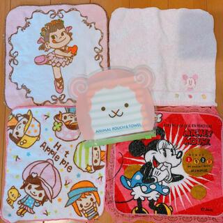 ディズニー(Disney)のミニー ペコちゃん ポーチ付きハンカチ 5枚(ハンカチ)