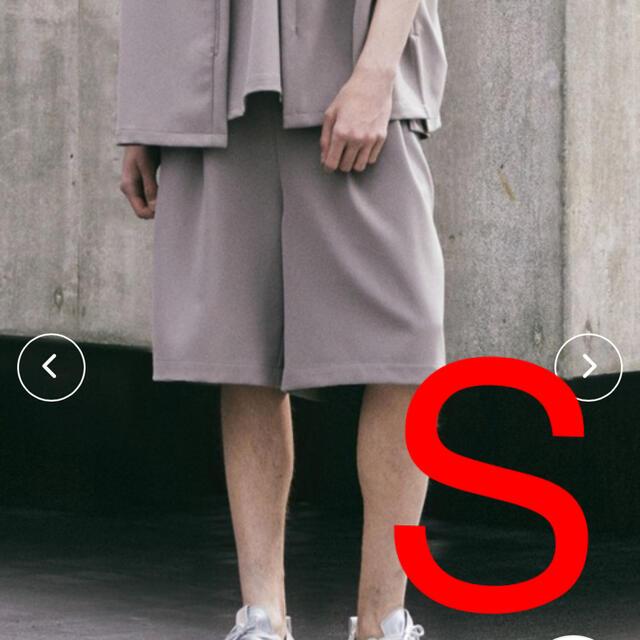 ATTACHIMENT(アタッチメント)の【ATTACHMENT × WYM】EASY WIDE TUCK SHORT メンズのパンツ(ショートパンツ)の商品写真
