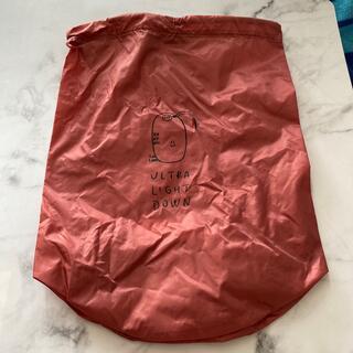 ユニクロ(UNIQLO)のUNIQLOウルトラダウンの巾着袋(ポーチ)