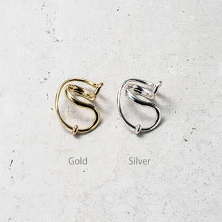ビューティアンドユースユナイテッドアローズ(BEAUTY&YOUTH UNITED ARROWS)のsoierie Neo coil earcuff ring (gold)(リング(指輪))