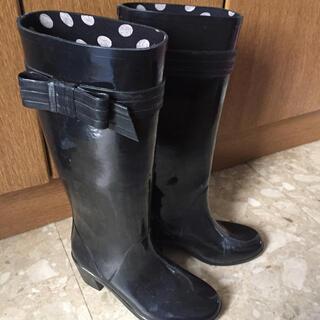 ケイトスペードニューヨーク(kate spade new york)の人気‼️ケイトスペード  KATESPADE レインブーツ 長靴 黒 リボン(レインブーツ/長靴)