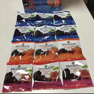 コストコ(コストコ)のブルックサイドチョコレート 12袋 お子様 おやつ おつまみ コストコ 仕事合間(菓子/デザート)