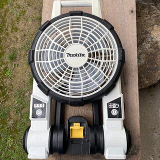 マキタ(Makita)のmakita 扇風機 サーキュレーター 充電式(扇風機)
