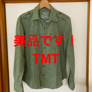 ティーエムティー(TMT)の美品です!芸能人愛用ブランド TMT デニム ミリタリー シャツ オリーブ色(シャツ)