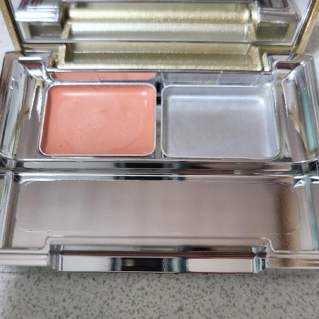KesalanPatharan(ケサランパサラン)のケサランパサラン アンダーアイブライトナー コスメ/美容のベースメイク/化粧品(コンシーラー)の商品写真