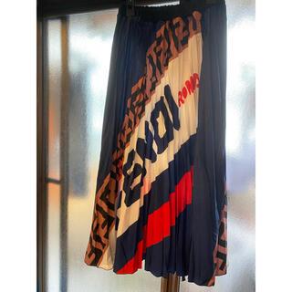 フェンディ(FENDI)のFENDI  プリーツスカート(ロングスカート)