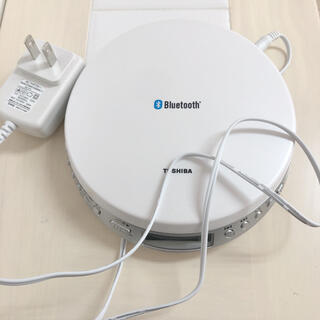 トウシバ(東芝)のCDプレーヤー Bluetooth(ポータブルプレーヤー)