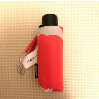 マリメッコ(marimekko)のmarimekko 折りたたみ傘 新品未使用(傘)