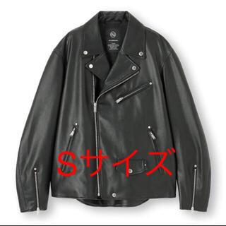 ジーユー(GU)のGU × UNDERCOVER ライダース Sサイズ(ライダースジャケット)