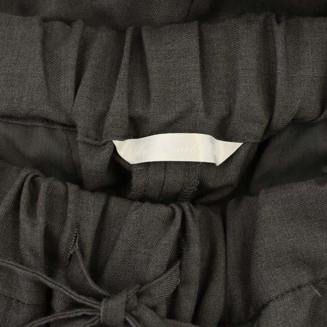DOORS / URBAN RESEARCH(ドアーズ)のアーバンリサーチ ドアーズ テーパード イージー パンツ タック センタープレス レディースのパンツ(その他)の商品写真