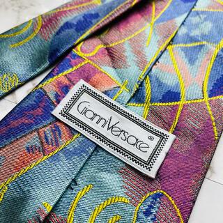 ジャンニヴェルサーチ(Gianni Versace)の即購入OK!3本選んで1本無料!ヴェルサーチ Versace ネクタイ 6626(ネクタイ)