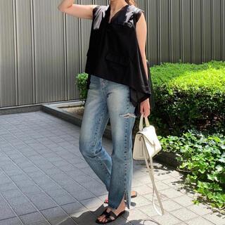 ローズバッド(ROSE BUD)のPauline Bleu ポリーヌブロー 裾スリットハイウエストデニム 美品(デニム/ジーンズ)