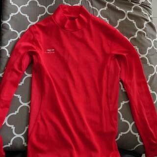 ティゴラ(TIGORA)のティゴラ スポーツ用インナー 赤 メンズS(ウェア)