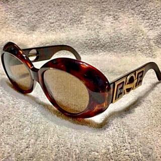 FENDI - フェンディ❤️ヴィンテージ ゴールドロゴ付きサングラス