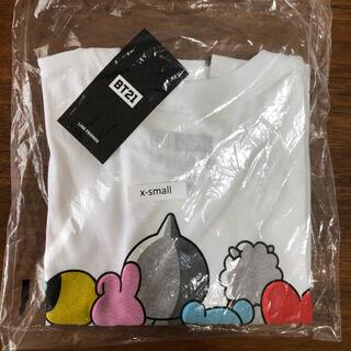 ボウダンショウネンダン(防弾少年団(BTS))の新品 bt21 assc tシャツ 半袖カットソー(Tシャツ(半袖/袖なし))